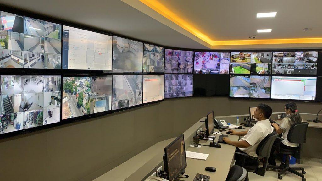 Empresa de monitoramento fazendo a visualização do dia a dia de um bairro